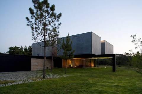 Casa PR в Помбале, Португалия, p&r arquitectos