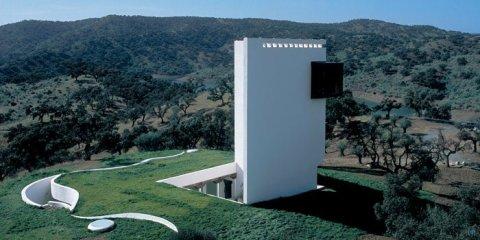 Дом духовного уединения (Casa de Retiro Espiritual) архитектора Эмилио Амбаза (Emilio Ambasz) в Испании