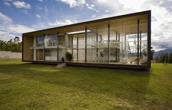 Икс-Дом (X House) архитекторов Адриана Морено и Марии Саманьего в Кито, Эквадо