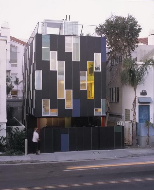 Городской дом в Калифорнии LOHA Architects