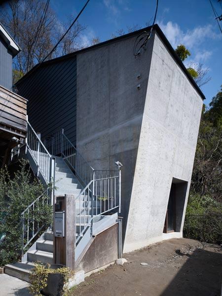 Дом в Камакуре (House in Kamakura) от Саппоуз Дизайн Студио (Suppose Design Studio)