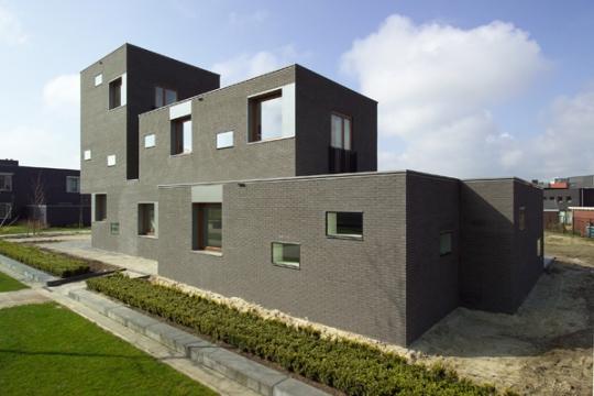 Дом на Музейной улице (House In Museumlaan) в Голландии от Cino Zucchi