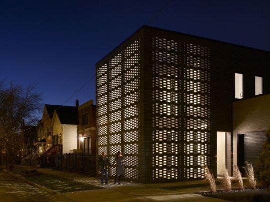 Кирпичный дом (Brick weave house) в США от Studio Gang Architects