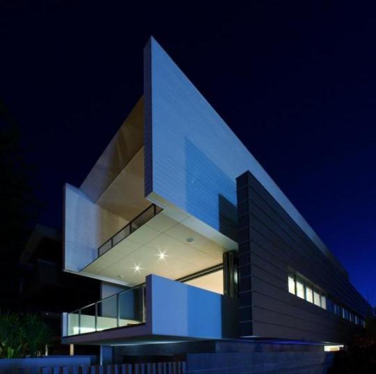 Дом семьи Робинзонов (The Robinson Residence) в Австралии от BDA Architecture