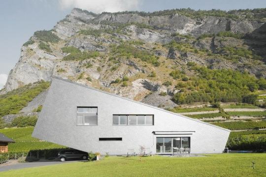 Дом Zufferey (Maison Zufferey) в Швейцарии от Nunatak S?rl Architectes