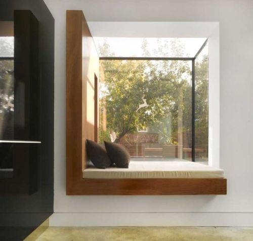Modern Oriel Window 4