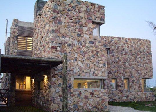 Дом в Нордельте (Casa Nordelta) от Mariano Kohen