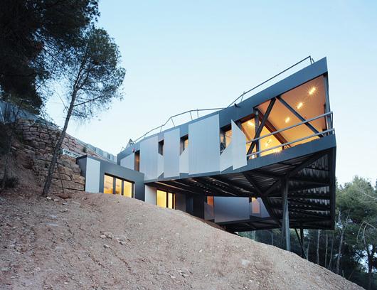 Садовый дом 0.96 (Garden House 0.96) в Игуалада от ADD+ Arquitectura