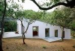 Наклонный дом в Испании
