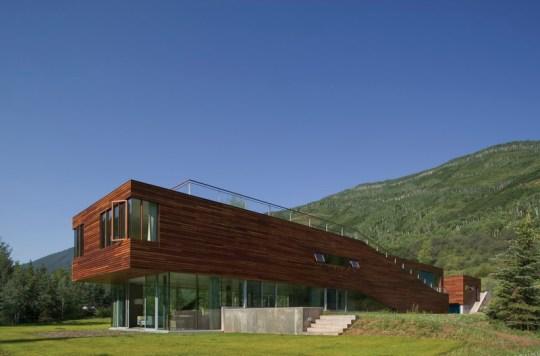 Дом-брусок (Bar House) в США от Peter Gluck & Partners