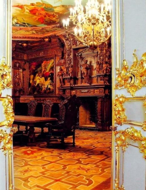 Сontemporary Russian Baroque 7