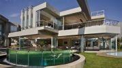 Стеклянный дом (Glass House) в Йоханнесбурге от Nico Van Der Meulen Architects