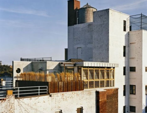 nyc-rusted-rooftop-deck