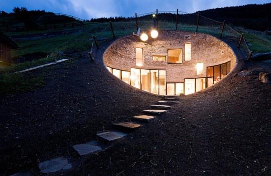 Вилла в Вальсе (Villa in Vals) в Швейцарии от SeARCH