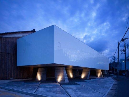 Длинный дом в Японии
