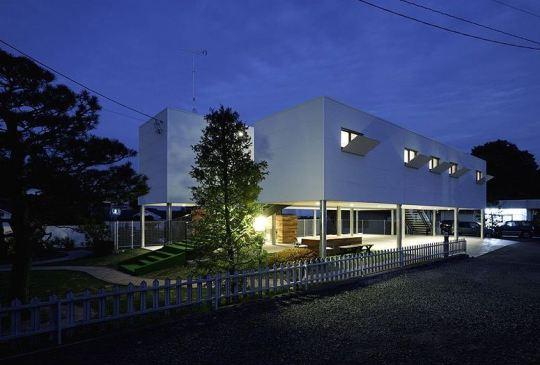 Дом с аллеей в Японии