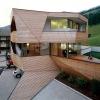 Дом с деревянной кожей в Италии