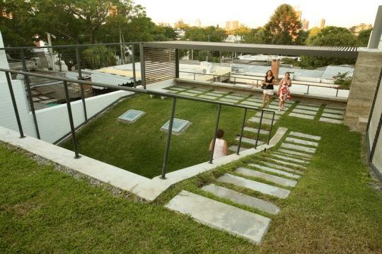 Дом с зелёной крышей в Монтевидео