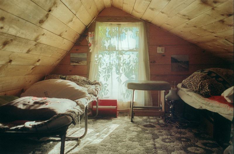 Обустроить комнату на даче
